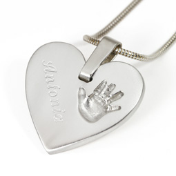 engraved-heart-necklace
